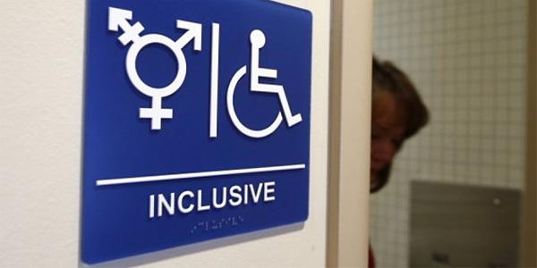 charlotte billing for same sex bathroom in Laval